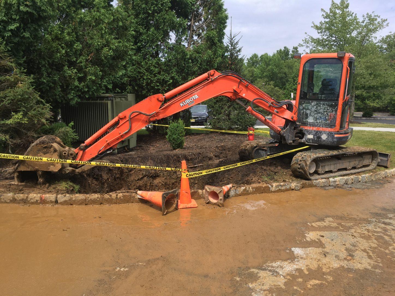 Repairing a water main break in Basking Ridge